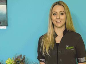 Biotyful - Solène, esthéticienne spécialisée dans la manucure / pédicure et pose de semi permanent